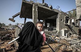 İsrail'in Gazze'ye hava saldırılarında 16 kişi...