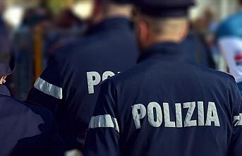 İtalya'da camiye saldırı planladığı iddia edilen...