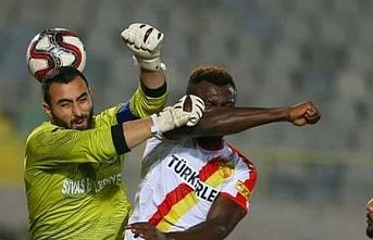 PFDK'den Göztepeli futbolcu Sanneh'e 2...