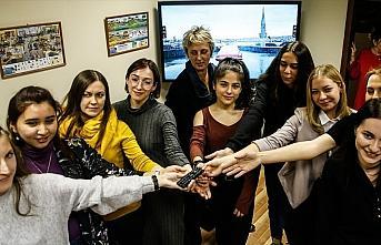 Rus gençler dizilerle Türkiye'yi tanıyor
