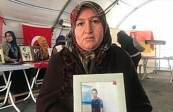 Diyarbakır annelerinden Üçdağ: Devletin maaşını...
