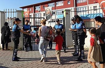 Polis 680 bin vatandaşa toplumsal destek sağladı
