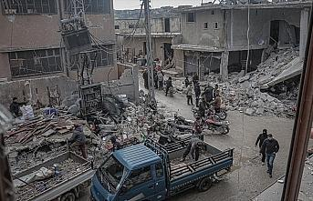Rusya'nın İdlib'e saldırılarında 9 sivil hayatını...