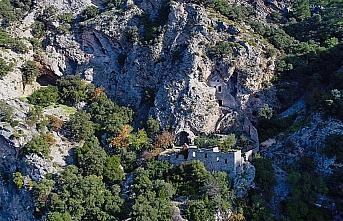 'Afkule Manastırı' manzarasıyla ilgi görüyor