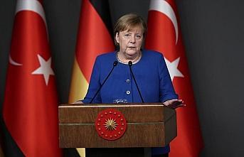Almanya Başbakanı Merkel: İdlib'ten kaçanlar için...