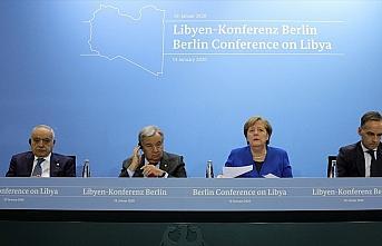 Almanya Başbakanı Merkel: Libya için kapsamlı...