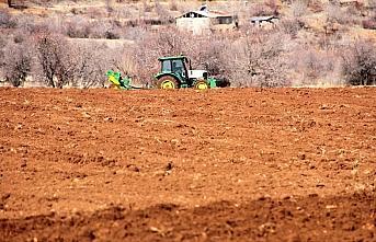 Bakan Pakdemirli: Elazığ ve Malatya'daki çiftçilerimize...