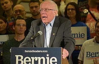 CNN anketinde Demokratların 2020 yarışında Sanders...