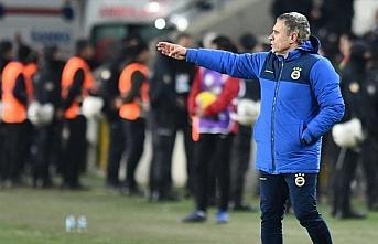 Fenerbahçe Teknik Direktörü Yanal: Hem oyun olarak...
