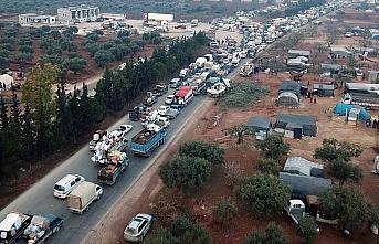 İdlib'den Türkiye sınırına 44 bin sivil daha...