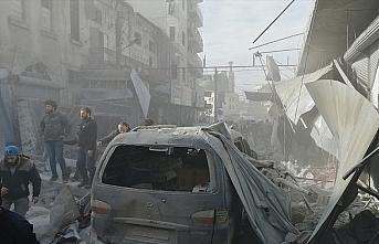 İdlib'e saldırılarda son 2,5 ayda 100'ü çocuk, 313 sivil hayatını kaybetti