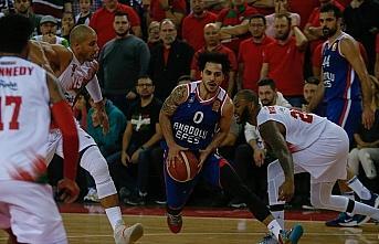 ING Basketbol Süper Ligi'nde ilk yarının lideri...