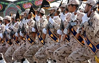 İran Devrim Muhafızları Komutanı: Savaşa gitmiyoruz...