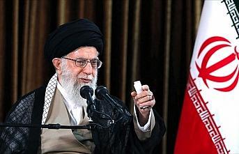 İran lideri Hamaney füzeyle düşürülen uçakla...