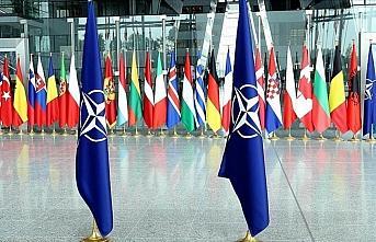 NATO, Irak'taki eğitim misyonunun faaliyetlerini...