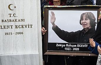 Rahşan Ecevit'in Devlet Mezarlığı'na defni için...