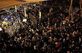 Tahran'da rejim karşıtı gösteri