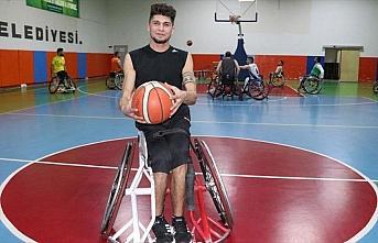 Tekerlekli sandalye basketbolu hayata bakışını...