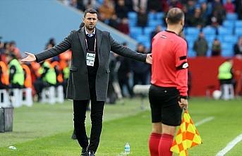 Trabzonspor, teknik direktör Hüseyin Çimşir'le 1,5 yıllık sözleşme imzaladı