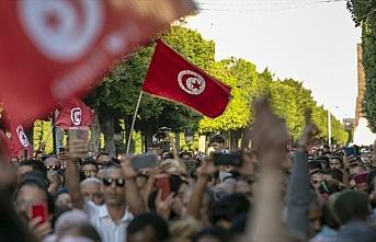 Tunus'ta kabine listesi Cumhurbaşkanı'na sunuldu