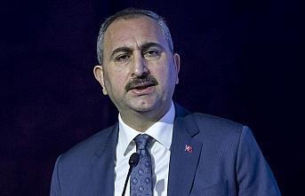 Adalet Bakanı Gül: Kimsenin yargıya haksız bir...