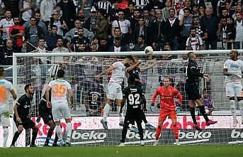 Beşiktaş yarın Aytemiz Alanyaspor'a konuk olacak