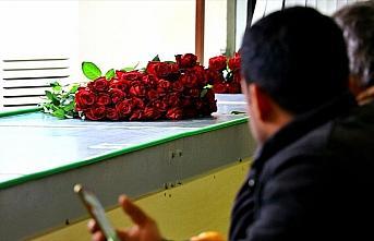 Çukurovalı çiçekçiler 14 Şubat'ta yarım milyon...