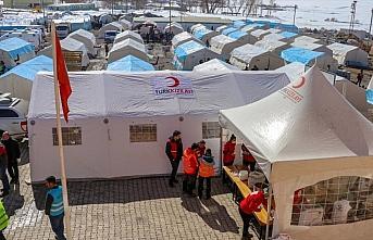 Devletin imkanları Van'daki depremzedeler için seferber edildi
