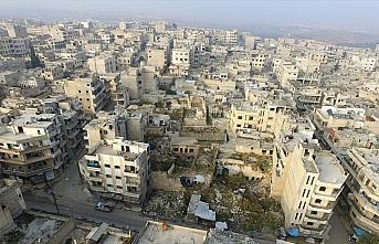 Esed rejimi anlaşmalara rağmen İdlib'in yarıya...