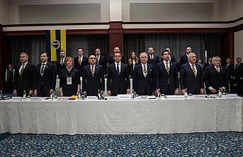 Fenerbahçe Kulübünün borcu 2 milyar 190 milyon...