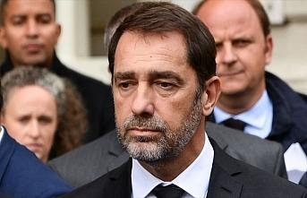 Fransa İçişleri Bakanı: Yurt dışından imamlar...