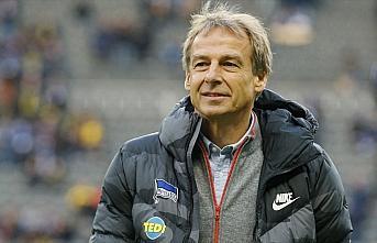Hertha Berlin'in teknik direktörü Jürgen Klinsmann...