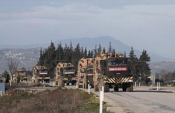 İdlib'deki gözlem noktalarına obüs ve mühimmat...