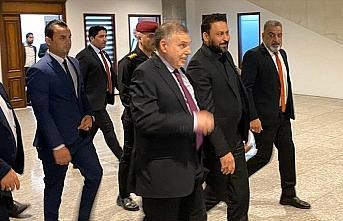 Irak Meclisi Allavi hükümetinin güvenoyu oturumunu...