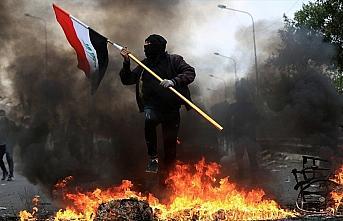 Irak'ta Sadr destekçilerinin gösteri meydanlarından...