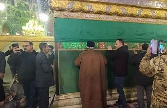 İran destekli teröristler, Deyrizor'da camileri...