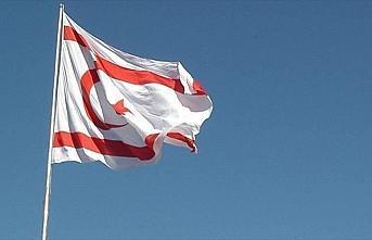 KKTC'de cumhurbaşkanlığı seçim yarışı hız...