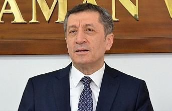 Milli Eğitim Bakanı Selçuk'tan deprem bölgesinde...