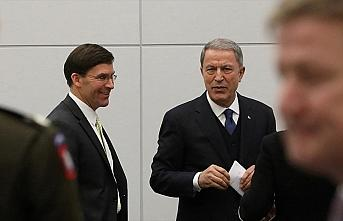 Milli Savunma Bakanı Akar NATO Karargahı'nda ABD'li...