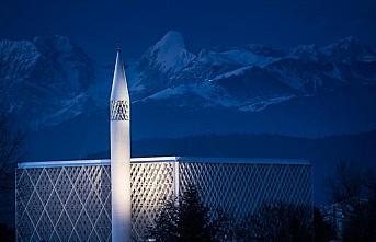 Slovenya'nın minareli tek camisi haziranda ibadete...