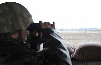 Suriye'nin kuzeyinden kaçan 5 YPG/PKK'lı terörist...