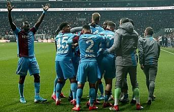Trabzonspor bir puanı son anda kurtardı, yeniden...