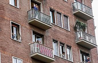 Avrupalılar Kovid-19 nedeniyle ilk kez zorunlu evlerine...