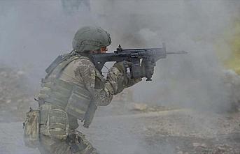 Irak'ın kuzeyinde 2 terörist hava destekli operasyonla...