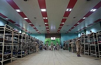 İran'da yeni tip koronavirüsten hayatını kaybedenlerin...