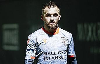 Medipol Başakşehir Kaptanı Edin Visca'dan 1000...