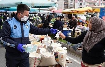 Tekkeköy Belediyesinden pazar yerlerine maske ve...