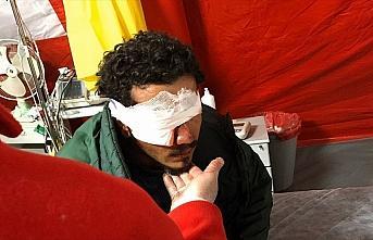 Yunanistan'ın attığı plastik mermi sığınmacıyı kör etti