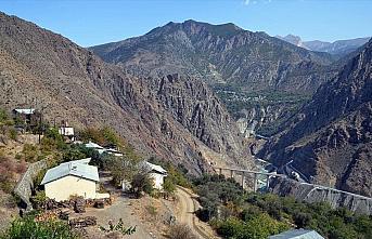 Baraj havzasındaki Artvin Yusufeli'nin İnanlı köyü başka bir bölgeye naklediliyor