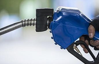 Benzine 20 kuruş zam yapıldı